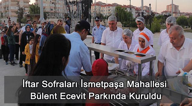 tekirdağ İftar Sofraları İsmetpaşa Mahallesi Bülent Ecevit Parkında Kuruldu