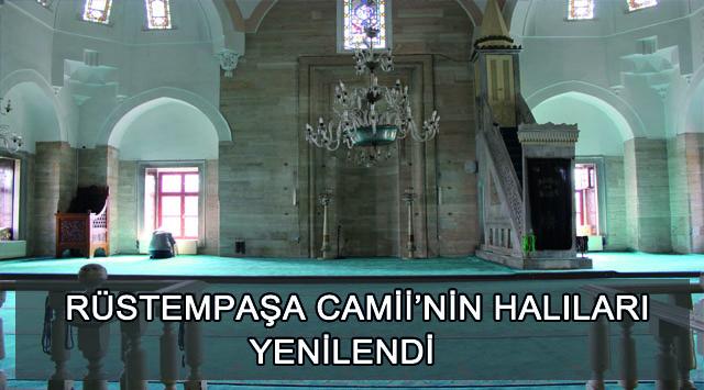 tekirdağ Rüstempaşa Camii'nin Halıları Yenilendi