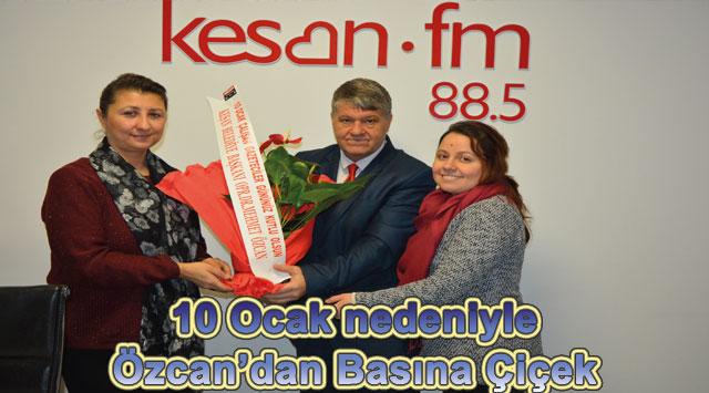 tekirdağ 10 Ocak nedeniyle Özcan'dan Basına Çiçek