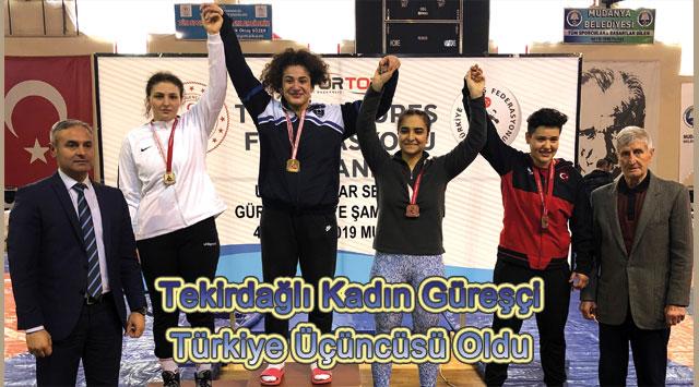 tekirdağ Tekirdağlı Kadın Güreşçi  Türkiye Üçüncüsü Oldu
