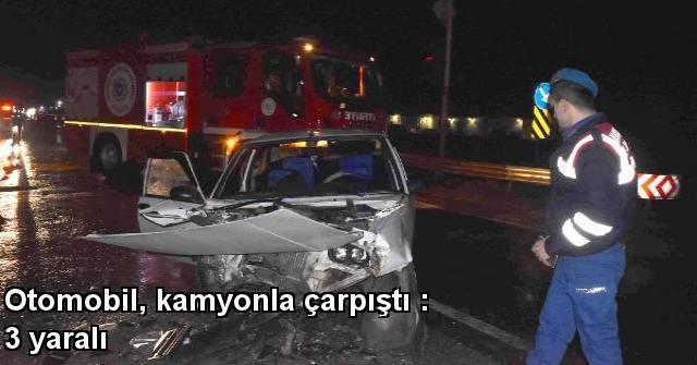 tekirdağ Otomobil, Kamyonla çarpıştı : 3 Yaralı